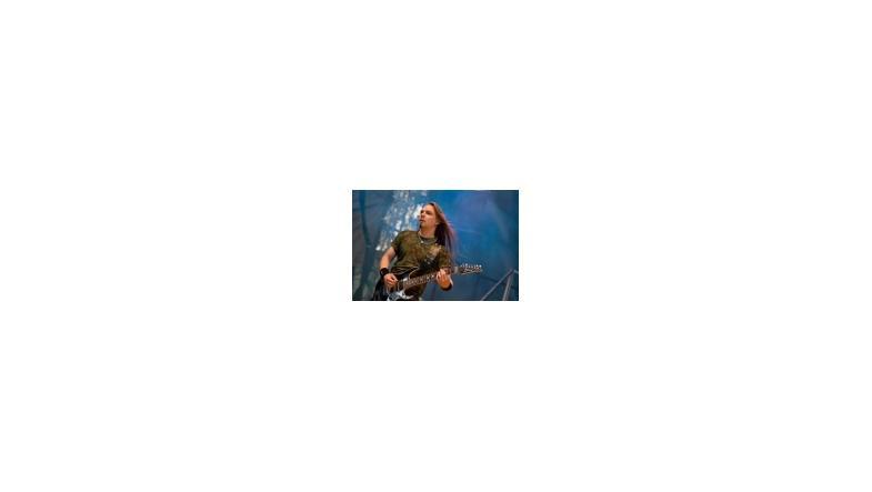 Solo album fra guitaristen  fra Sonata Arctica