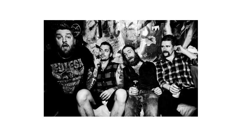 Wolves Like Us udgiver nyt album og gæster Danmark