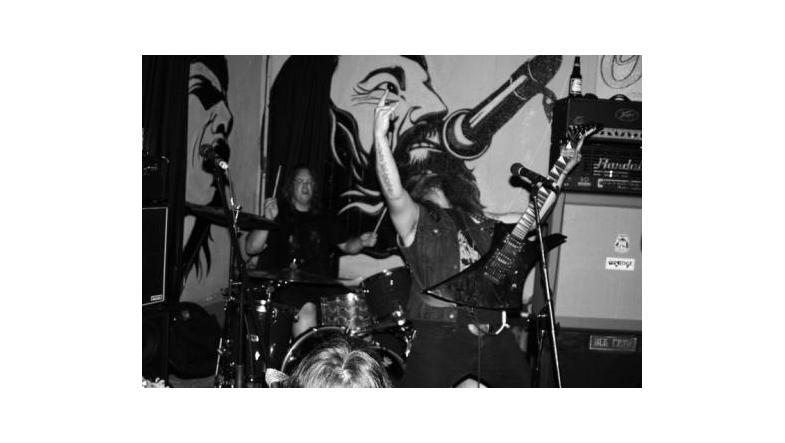 Chapel: Genudgiver debut - Satan's Rock 'n' Roll